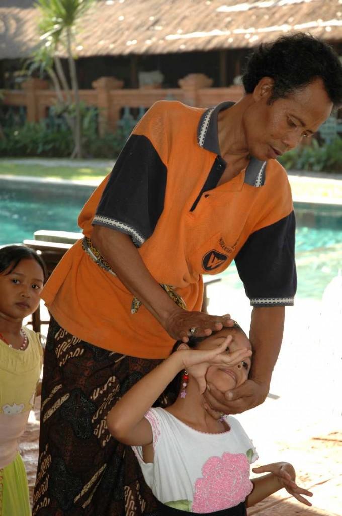 DwiBhumi Bali Balinese dans