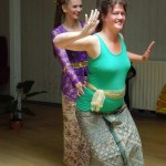 DwiBhumi Balinese dans