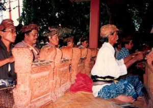 TandjungSari-BalineseDansDwiBhumi3 gamelan Semar Pagulingan-1