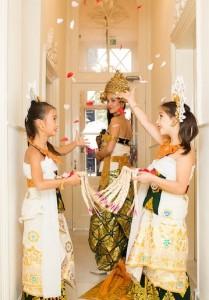 dwibhumi-balinese dans-bruiloft1