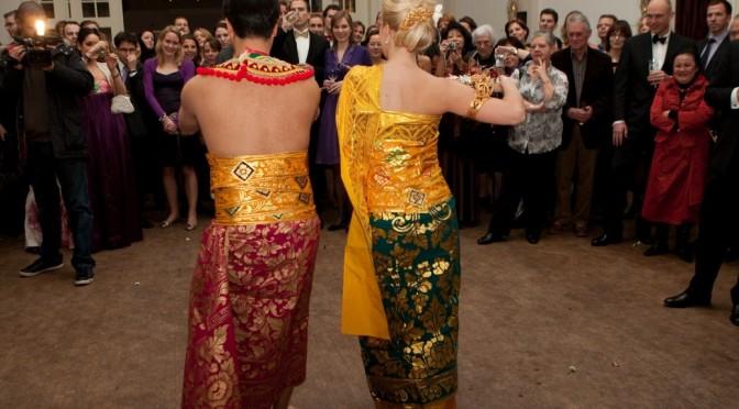 Jullie Balinese huwelijksdans