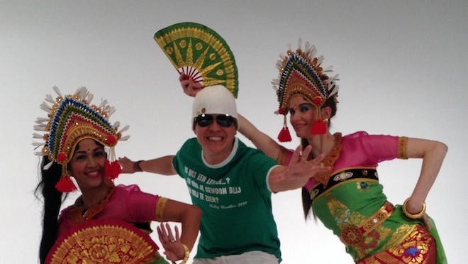 Balinese dans van DwiBhumi in videoclip van Ricky Risolles