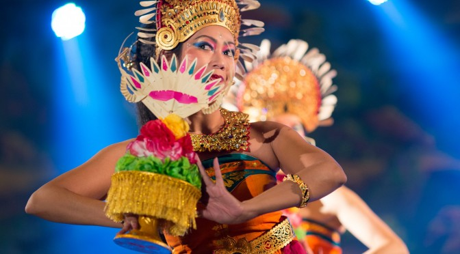 Tari Selat Segara – dans van de 5 oceanen