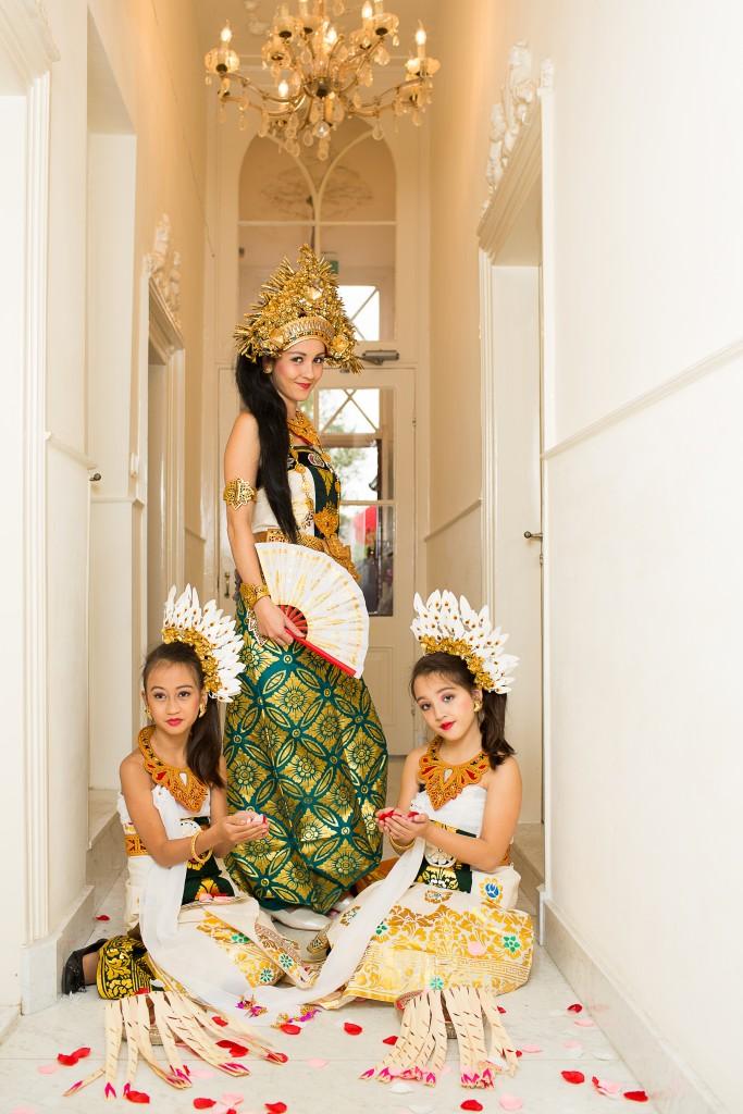 dwibhumi bali fotoshoot traditionele kleding
