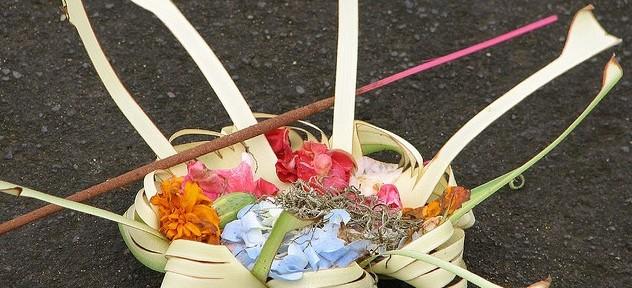 Offers offerandes Bali DwiBhumi lezing workshop
