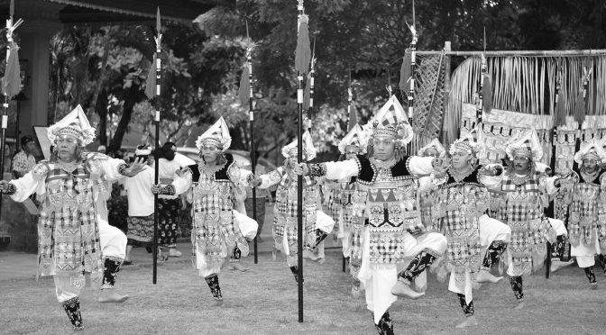 sangasari-ayubulan-dwibhumi-balinese-dans-museum-volkenkunde-leiden